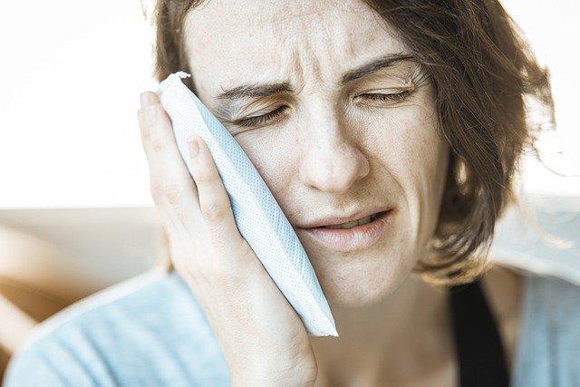 meredakan sakit gigi dengan cepat